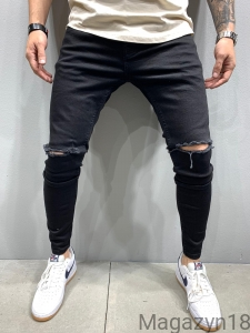 New 5931 jeans z dziurą black sum
